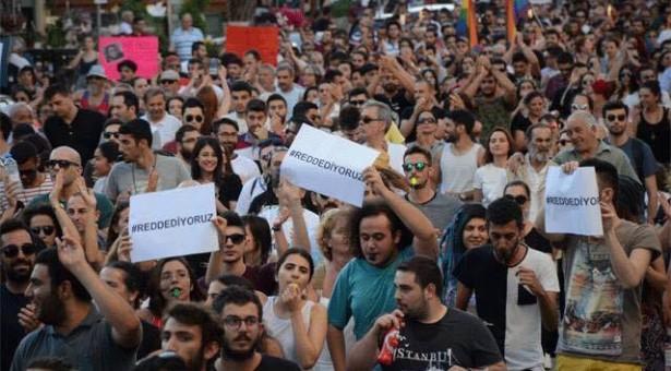 """ARGASDİ'NİN TEMMUZ-AĞUSTOS-EYLÜL SAYISI """"YASAK"""" BAYİİLERDE"""