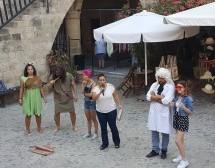 Baraka, Zamlar ve Ekonomik Kriz Konusunda Sokak Tiyatrosu Gerçekleştirdi
