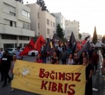 Sokak 'Bağımsız Kıbrıs' diye Haykırdı