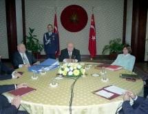 90'larda Türkiye ve… – Celal Özkızan